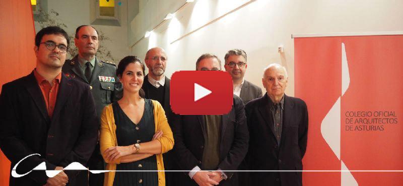 Vídeo de la Entrega del II Premio COAA+10 y de las insignias de oro de la profesión