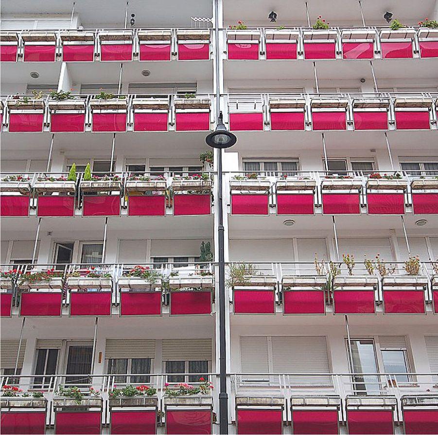 Bloque de viviendas representativo sistema PANAL, C/Uría, 26, C. del Narcea