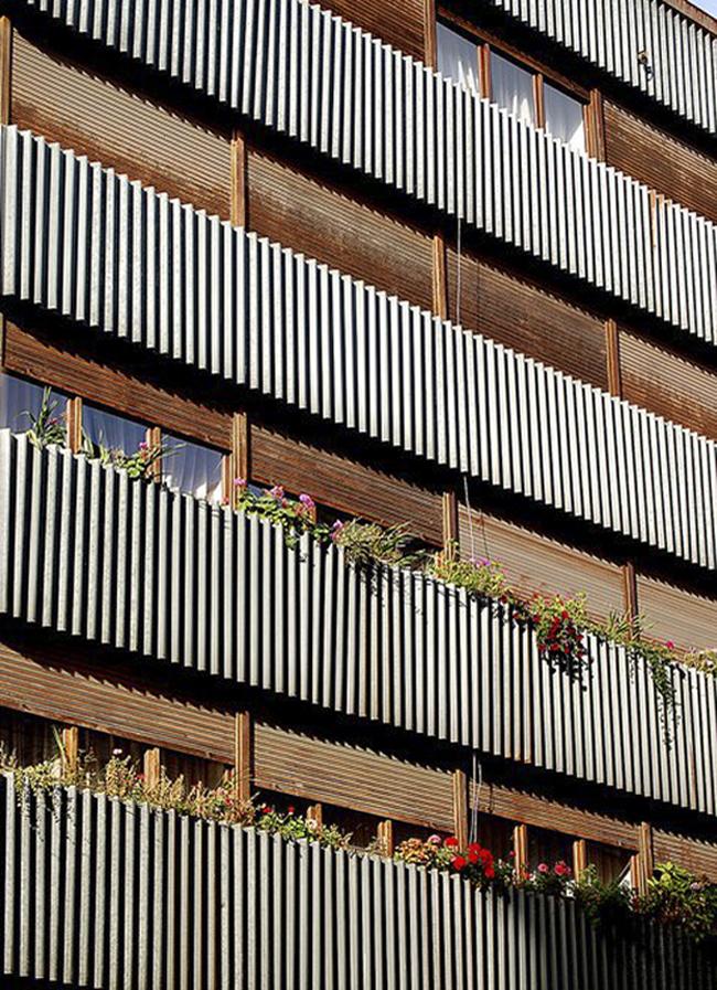 Bloque de viviendas y local comercial, Edificio Riesco, C/ Uría, Cangas del Narcea