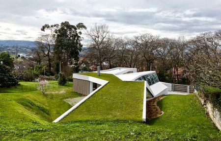 Casa y estudio de artista (Antoni Montes Boada y Lluís Ortega Cerdà)