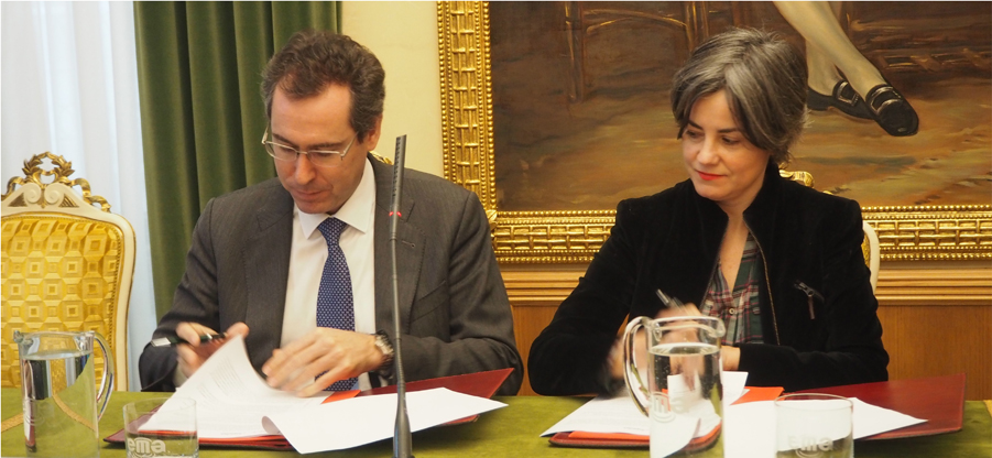 El COAA firma un convenio con el Ayuntamiento de Gijón para la licitación del Plan de Barrios