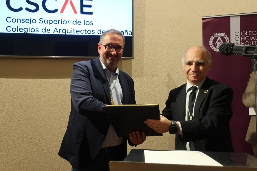 El decano del Colegio de Asturias toma posesión del cargo de consejero del CSCAE