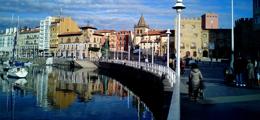 Mesa redonda sobre accesibilidad y movilidad en Gijón